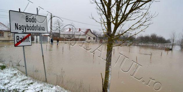 bodo inundatii 15 martie apa revarsare bega rau lugojeanul 2013 (1) repr