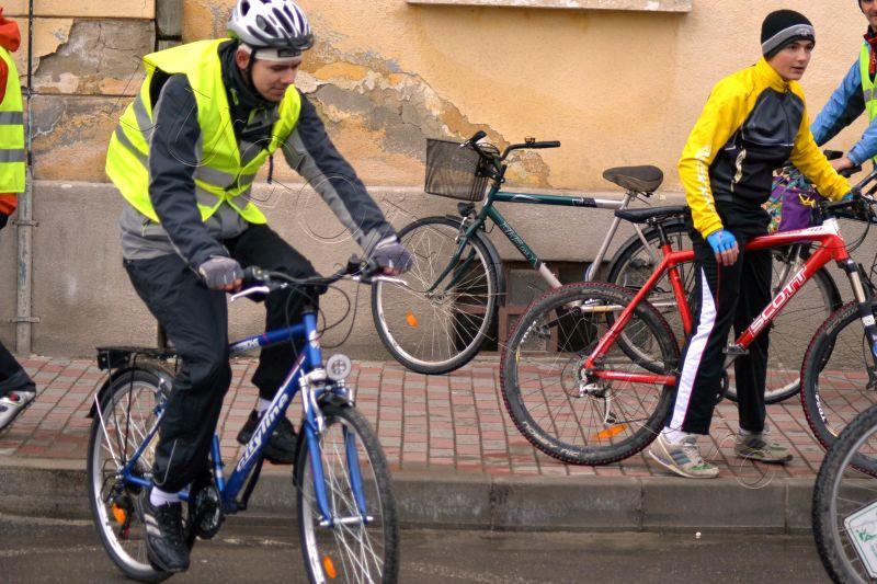 foto stafeta prieteniei lugoj politia biciclisti 2013 lugojeanul (5)