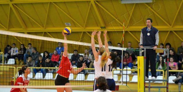 foto volei campionatul national feminin junioare css lugoj medicina tg mures lps zalau lps pitesti lugojeanul 22 martie 2013 (1)
