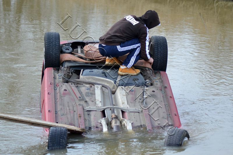 masina scoasa bega macara costeiu seat gorjean student timisoara lugojeanul 2013 (1)