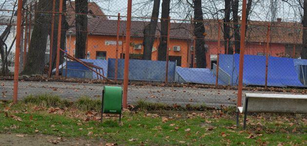 patinoarul s-a topit teren fotbal liber parcul george enescu lugojeanul 2013