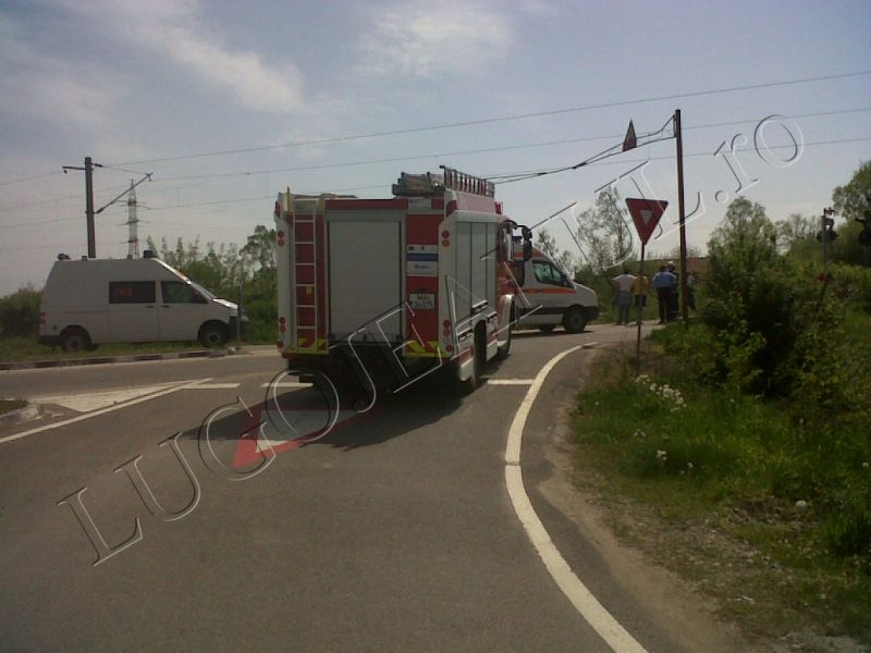 imagini socante trei morti la gavojdia langa lugoj accident tren 27 aprilie 2013 lugojeanul (1)