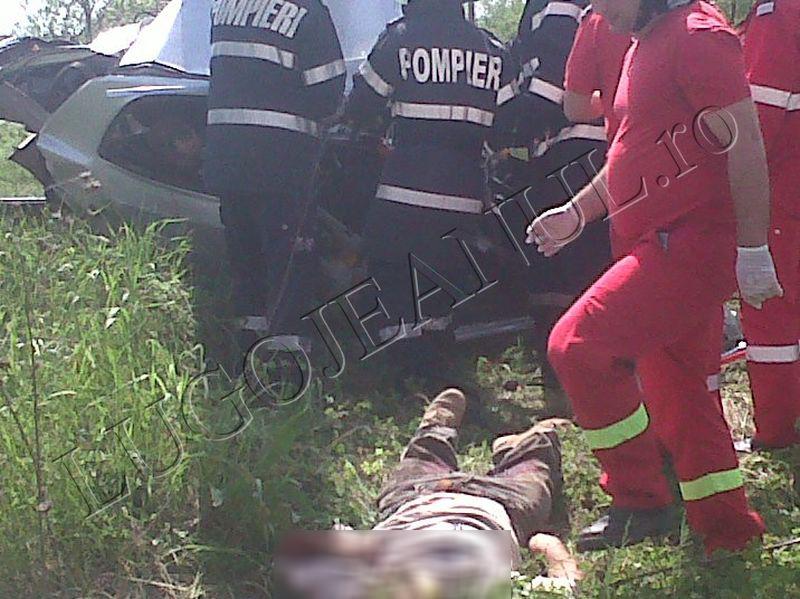 imagini socante trei morti la gavojdia langa lugoj accident tren 27 aprilie 2013 lugojeanul (3)