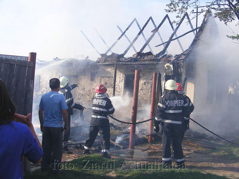 incendiu pietroasa mare 020