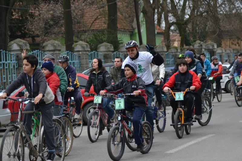 lugojul pedaleaza ziua mondiala a sanatatii 7 aprilie lugojeanul 2013 (4)