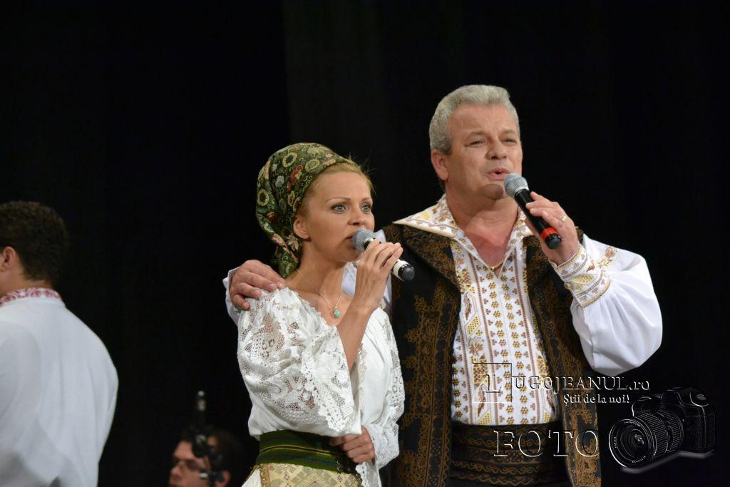 ansamblul-banatul-la-lugoj-teatrul-municipal-traian-grozavescu-9-mai-2013-lugojeanul-11
