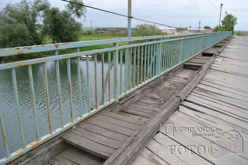 podul mihail si gavril costeiu peste raul timis 2 mai 2002 foto 2013 lugojeanul (6)