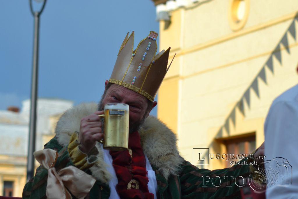festivalul-berii-2013-lugoj-ziua-1-alaiul-berarilor-regele-ansamblul-lugojana-muzica-folclorica-foto-galerie-7-iunie-lugojeanul-10