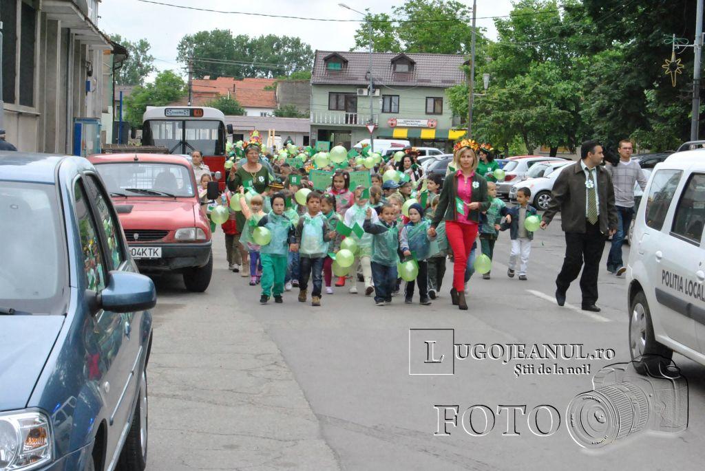 ziua-mediului-la-lugoj-primarie-copii-foto-galerie-5-iunie-2013-lugojeanul