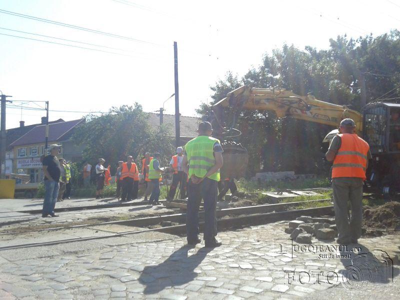 lucrari dalare trecere calea ferata bariera bocsei lugojeanul 2013 (1)