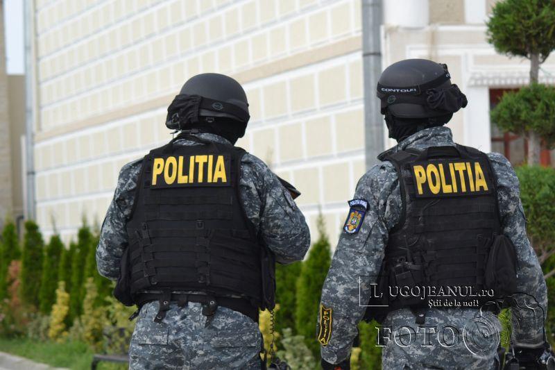 foto descinderi lugoj 17 august 2013 viscol mascati pistoale trupe speciale politia lugojeanul 2013 (4)