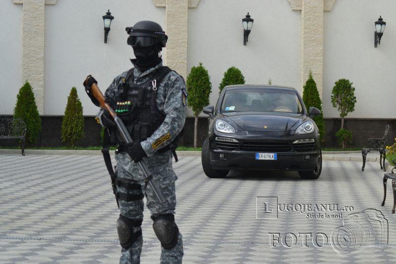 foto descinderi lugoj 17 august 2013 viscol mascati pistoale trupe speciale politia lugojeanul 2013 (6)