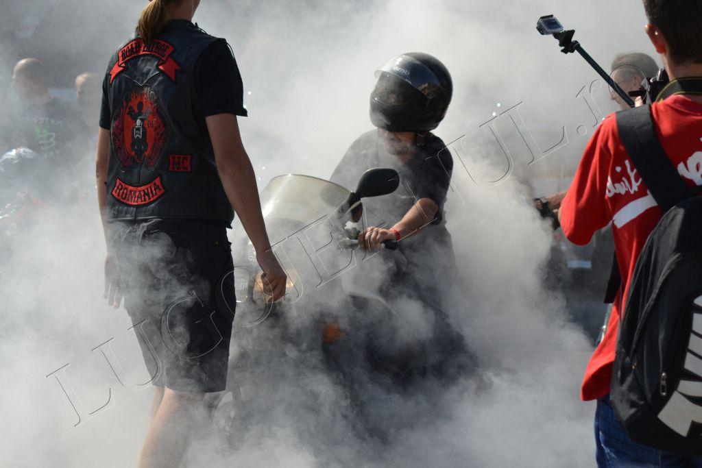 rock-pe-2-roti-lugoj-2013-foto-galerie-parada-motociclisti-lugojeanul-ro-29