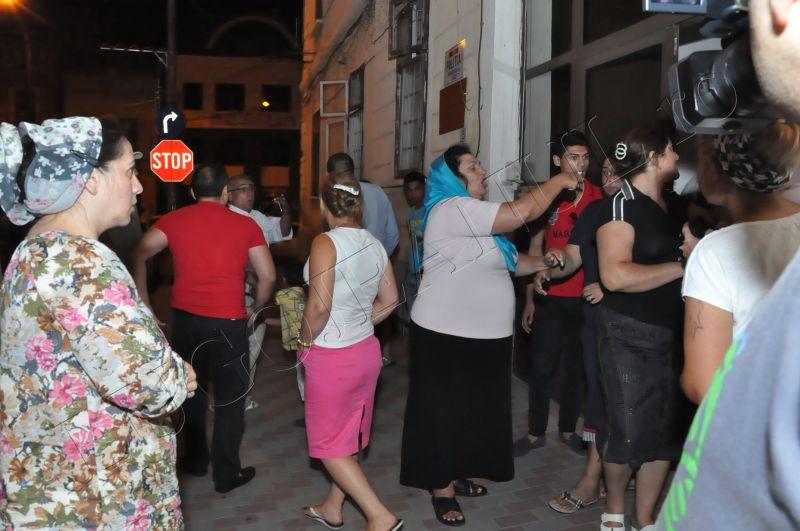 scandal romi politia lugoj au intrat in sediu foto galerie lugojeanul 2013 exclusiv (12)