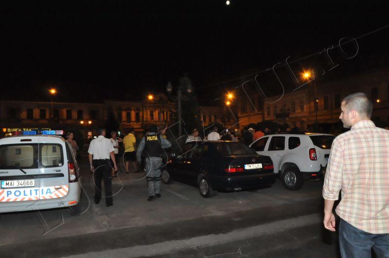 scandal romi politia lugoj au intrat in sediu foto galerie lugojeanul 2013 exclusiv (2)