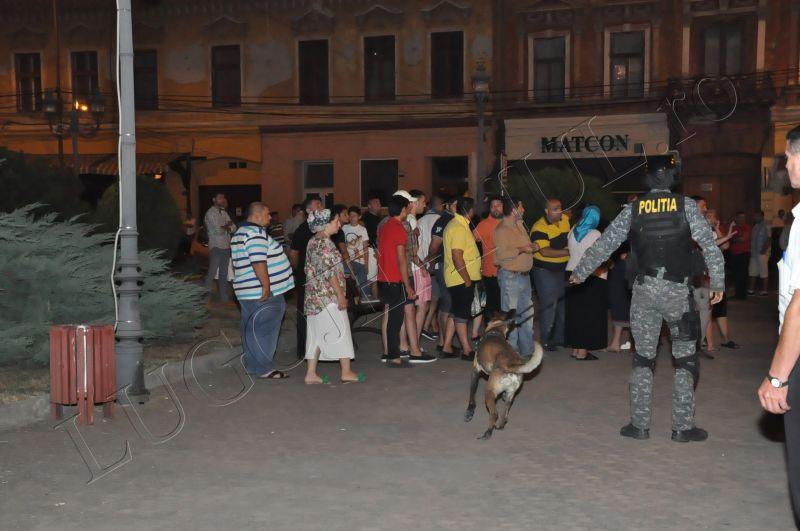 scandal romi politia lugoj au intrat in sediu foto galerie lugojeanul 2013 exclusiv (4)