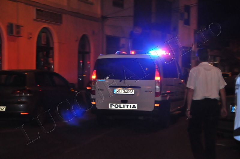 scandal romi politia lugoj au intrat in sediu foto galerie lugojeanul 2013 exclusiv (7)