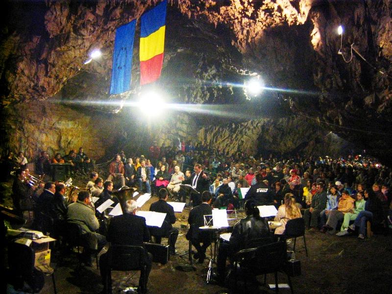 concert-muzica-romanesti