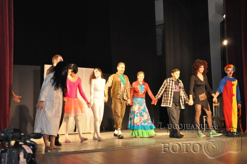 recenzie de halauin teatrul contrasens 31 octombrie 2013 lugojeanul lugoj (11)
