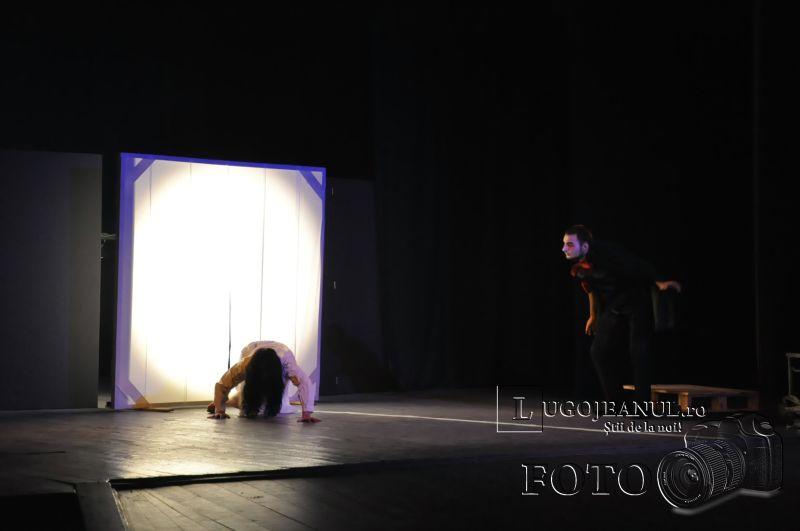 recenzie de halauin teatrul contrasens 31 octombrie 2013 lugojeanul lugoj (2)