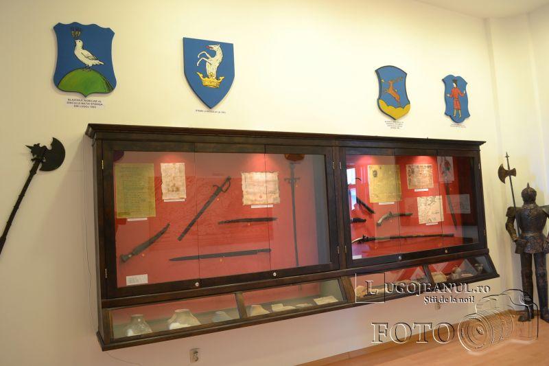 1 decembrie 2013 ziua nationala a romaniei lugoj deschiderea muzeului de istorie vizita foto galerie lugojeanul (8)