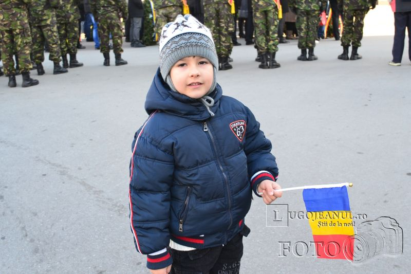 1 decembrie 2013 ziua nationala a romaniei parada miliara la lugoj foto galerie depunere coroane onoruri militare lugojeanul (11)