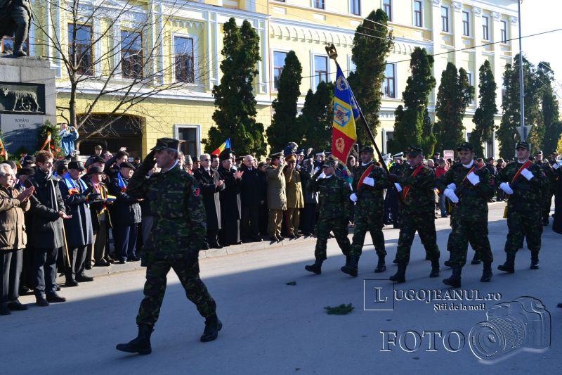 1 decembrie 2013 ziua nationala a romaniei parada miliara la lugoj foto galerie depunere coroane onoruri militare lugojeanul (30)