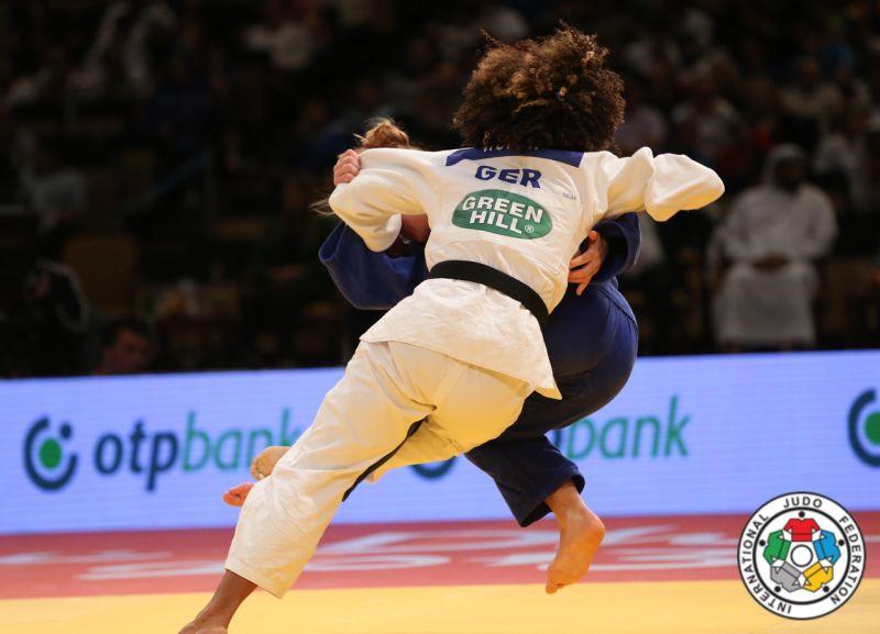 corina caprioriu argint abu dhabi grand prix judo lugojeanca (1)