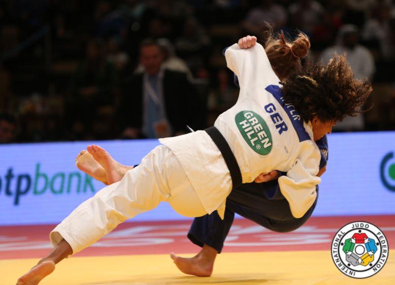 corina caprioriu argint abu dhabi grand prix judo lugojeanca (2)