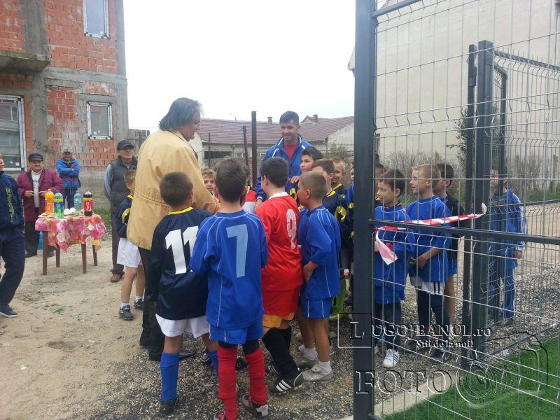 teren sintetic fotbal inaugurare noiembrie 2013 lugojeanul (2)