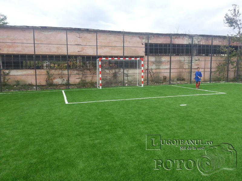 teren sintetic fotbal inaugurare noiembrie 2013 lugojeanul (8)