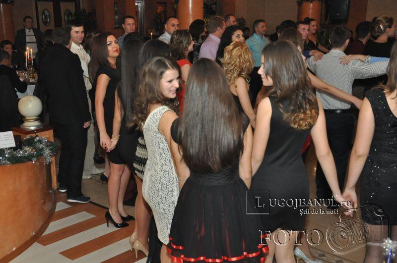 banchet oficial 50 de ani de ansamblul lugojana 2013 lugojeanul foto (5)