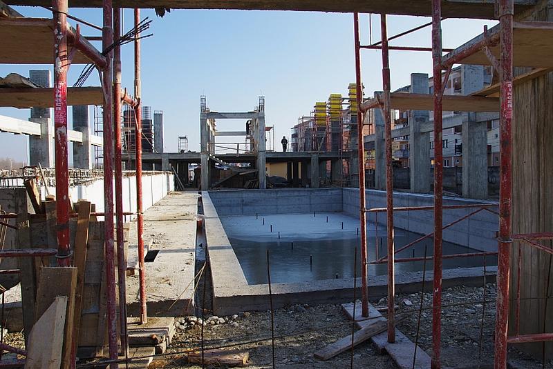 bazin acoperit lugoj decembrie 2013