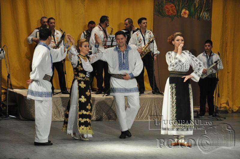 dansuri ansamblul lugojana 50 de ani lugojeanul 2013 foto (24)