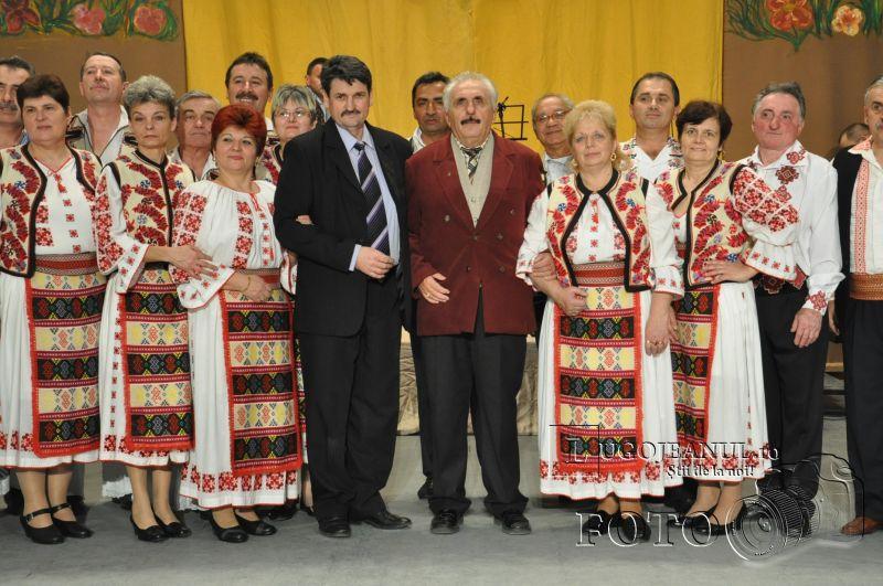 dansuri ansamblul lugojana 50 de ani lugojeanul 2013 foto (40)