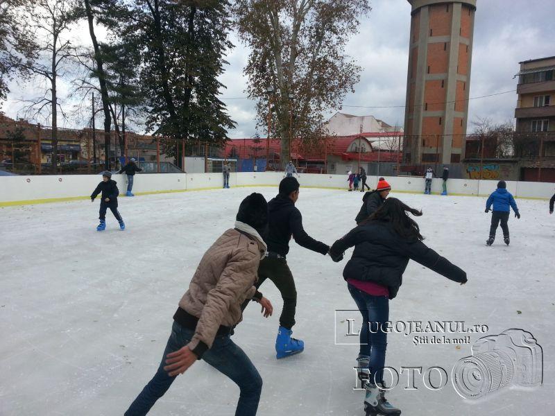 patinoar deschis lugoj 7 decembrie 2013 foto galerie lugojeanul (4)