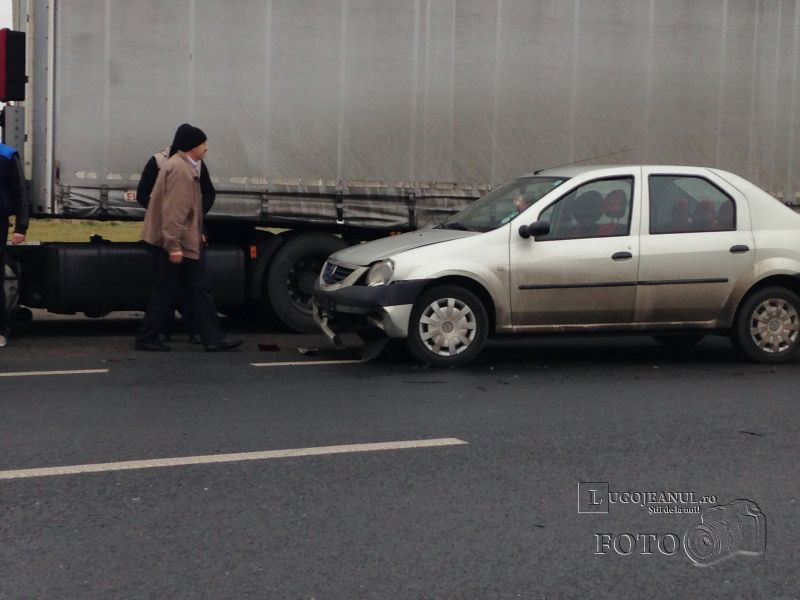 accident izvin tir vs logan 10 ianuarie 2014 (3)