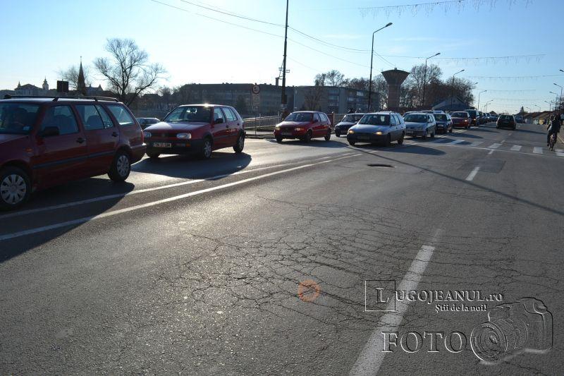 accident universitate biciclist lovit masina nerespectare reguli 6 decembrie 2013 lugojeanul foto (4)