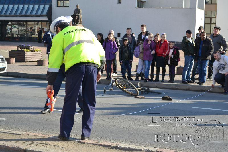 accident universitate biciclist lovit masina nerespectare reguli 6 decembrie 2013 lugojeanul foto (5)