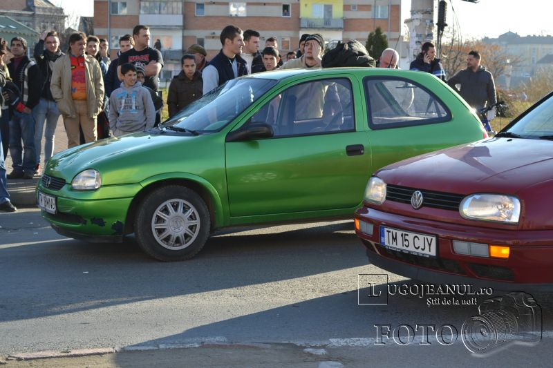 accident universitate biciclist lovit masina nerespectare reguli 6 decembrie 2013 lugojeanul foto (6)
