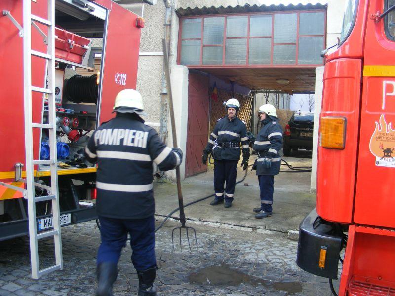 incendiu lugoj strada pandurilor 10 februarie afumatoare (7)