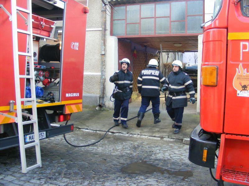 incendiu lugoj strada pandurilor 10 februarie afumatoare (8)