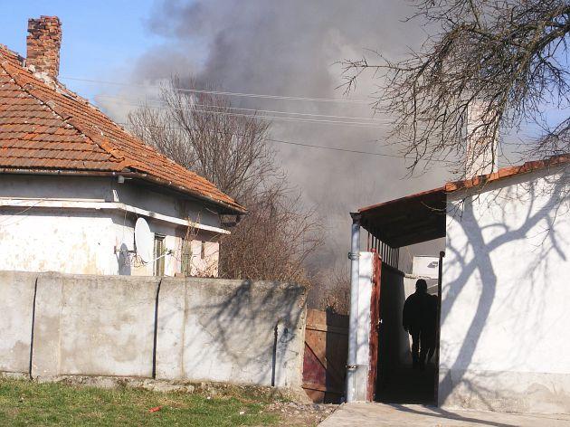 incendiu-tesatorilor-002