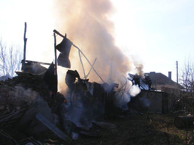 incendiu-tesatorilor-009