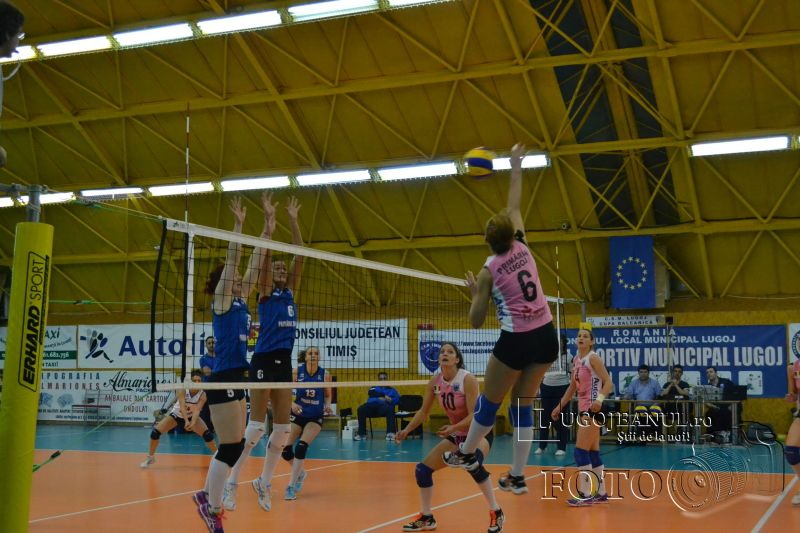 csm lugoj scm craiova 16 martie 2014 playoff divizia a1 volei foto lugojeanul (16)