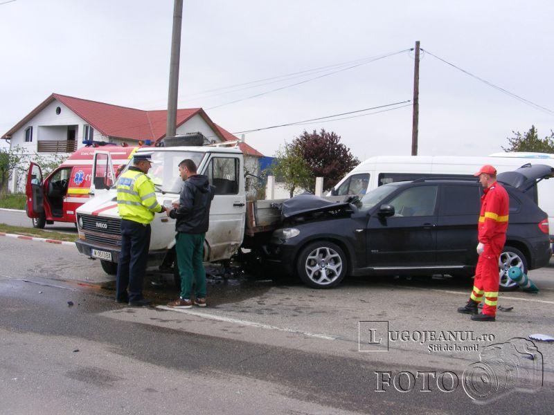 accident bmw x5 autocamioneta buziasului 11 aprilie 2014 fiti lugojeanul (10)