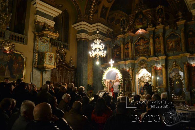 hristos a inviat paste lugoj 2014 biserica adormirea maicii domnului lumina sfanta foto galerie lugojeanul (1)