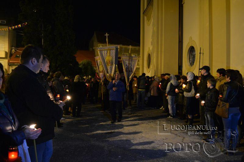 hristos a inviat paste lugoj 2014 biserica adormirea maicii domnului lumina sfanta foto galerie lugojeanul (13)