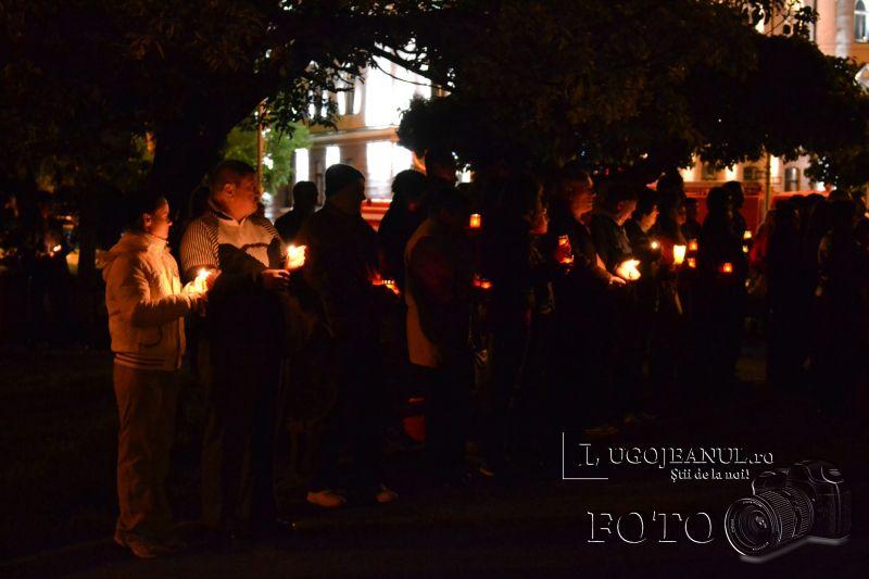 hristos a inviat paste lugoj 2014 biserica adormirea maicii domnului lumina sfanta foto galerie lugojeanul (15)