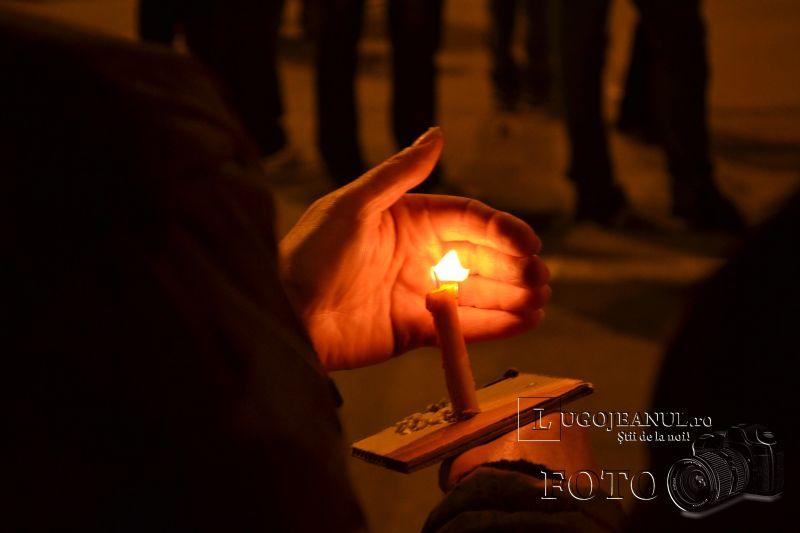 hristos a inviat paste lugoj 2014 biserica adormirea maicii domnului lumina sfanta foto galerie lugojeanul (20)